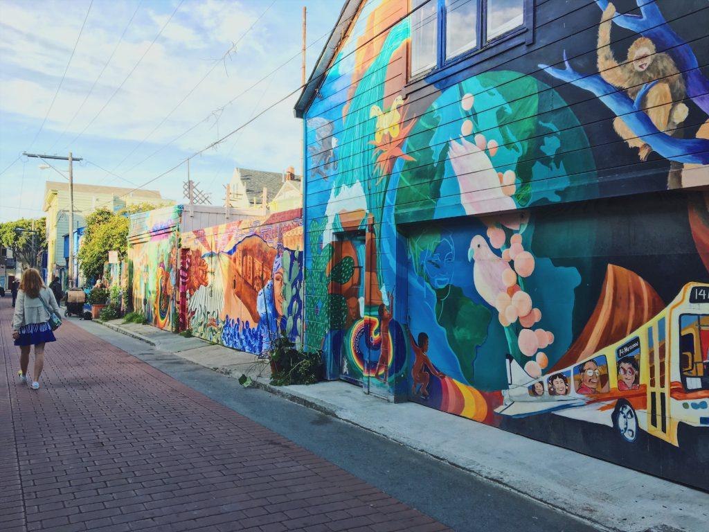 Balmy Alley - Murales nel quartiere Mission di San Fracisco -Strada3