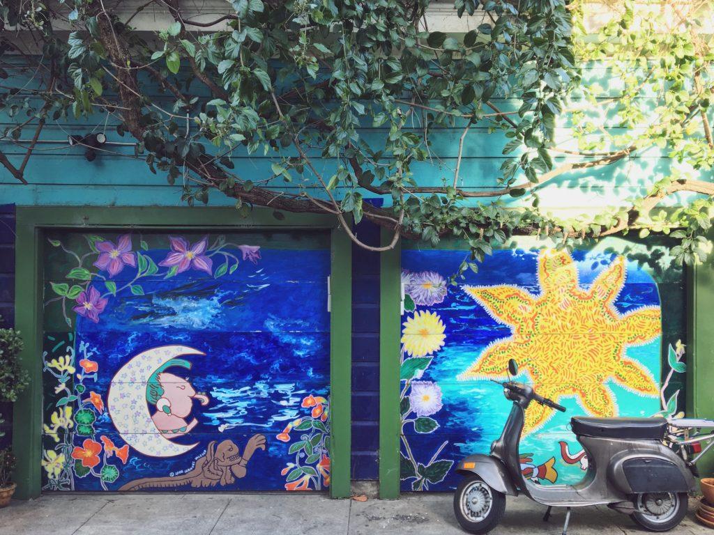 Balmy Alley - Murales nel quartiere Mission di San Francisco - The Moon and the Sun (2008) - Frances Valesco
