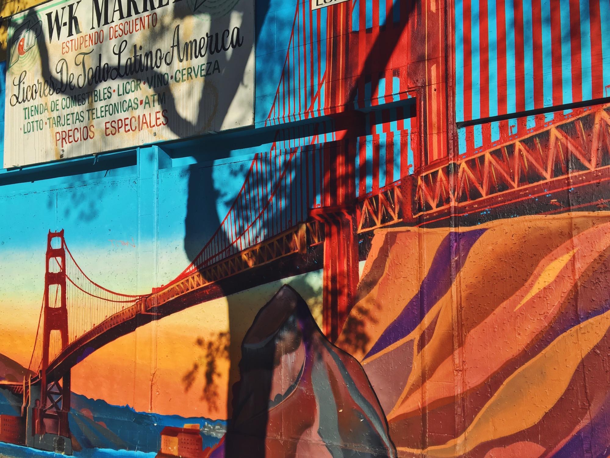 I murales di Mission a San Francisco - Golden Gate Bridge