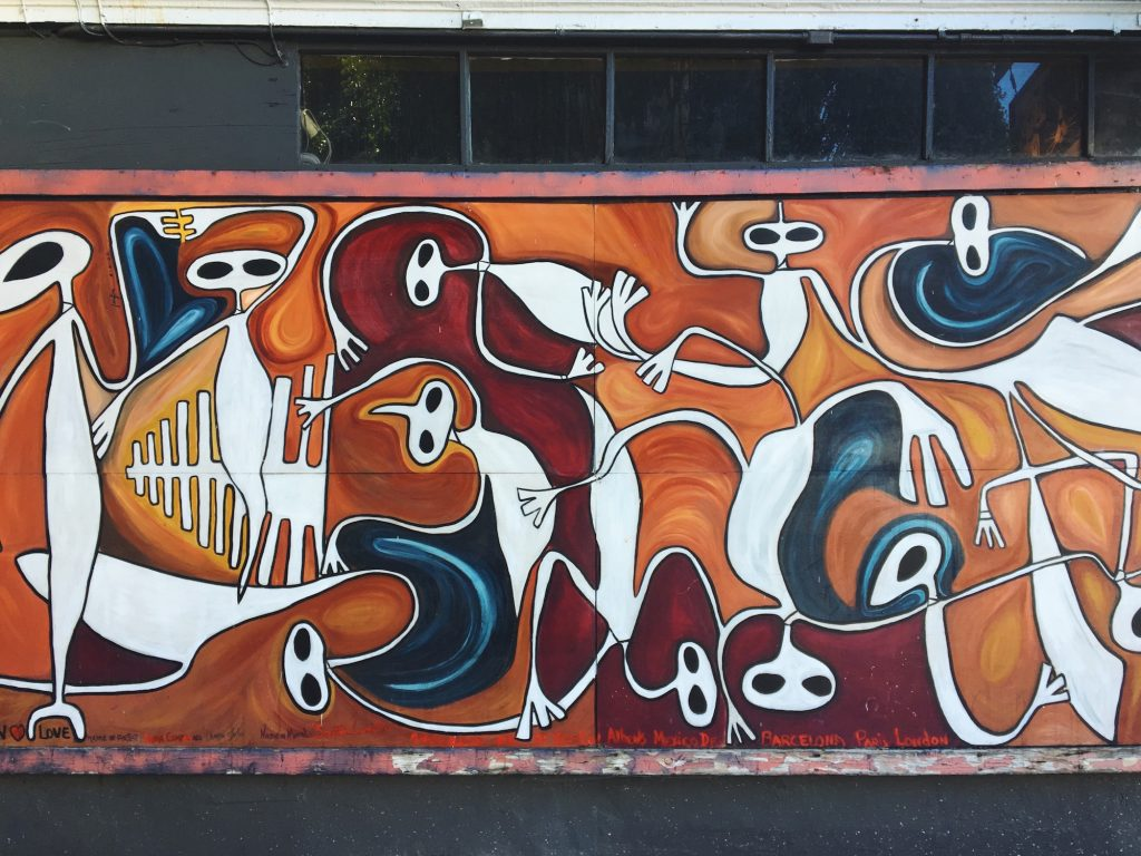 I murales di Mission a San Francisco - Laura Campos - 24 St & Treat Ave, Mission