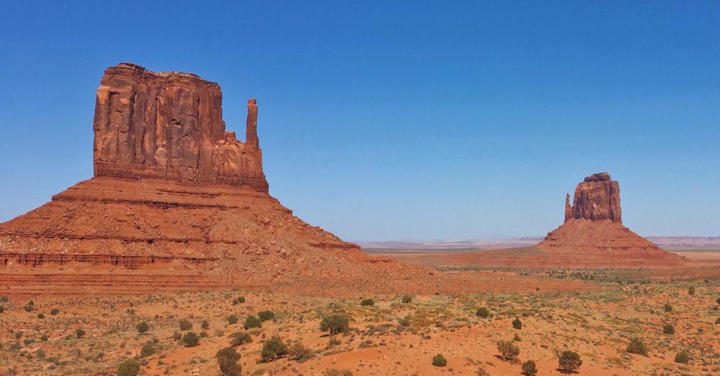 Le mani che proteggono la Monument Valley