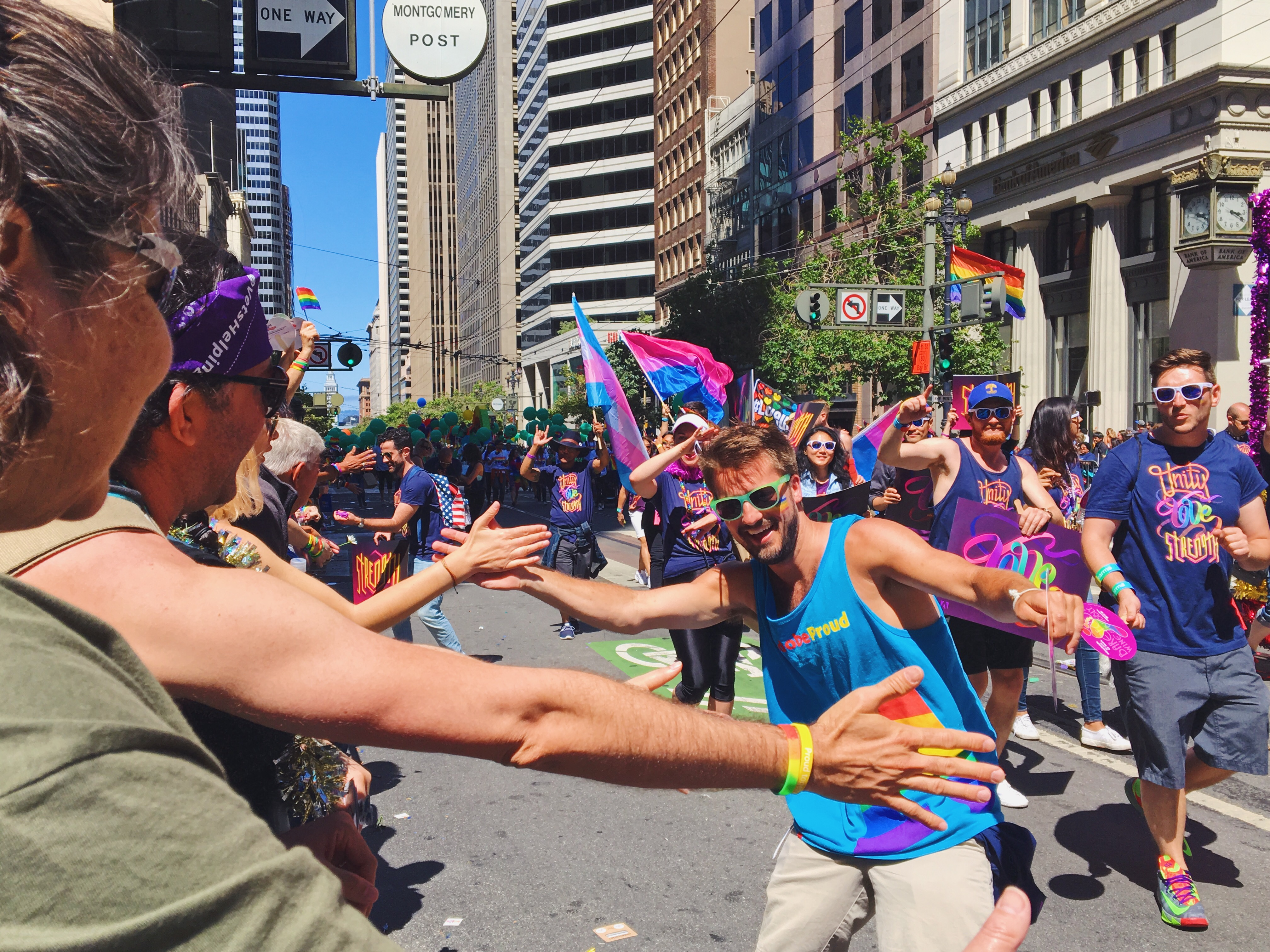 High five - L'evento migliore di San Francisco - la LGBTQ Pride Parade