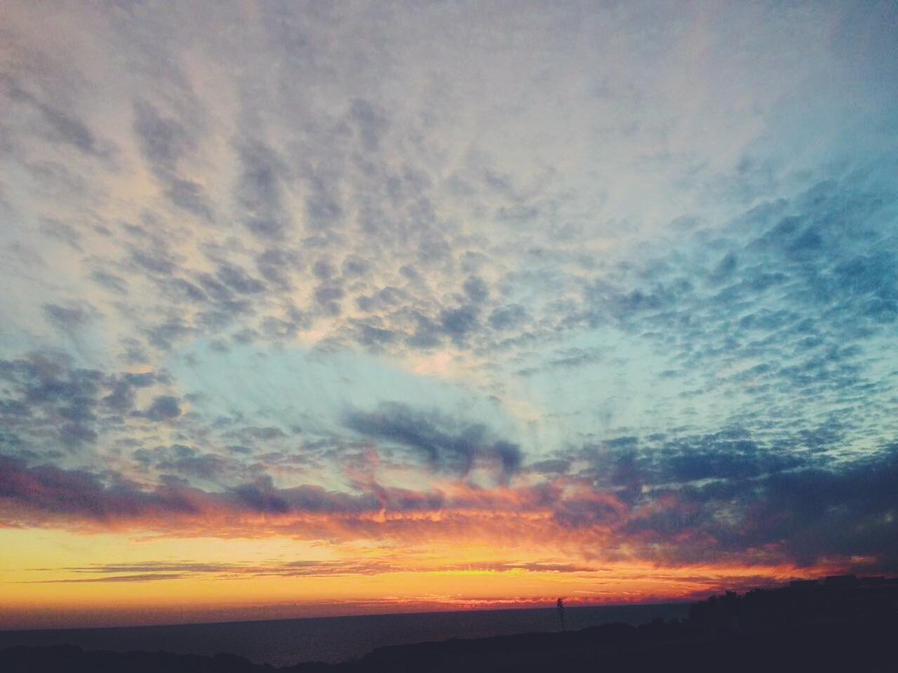 Il tramonto sul mare verso l'Africa a Pantelleria -Dammusi Le Case del Principe