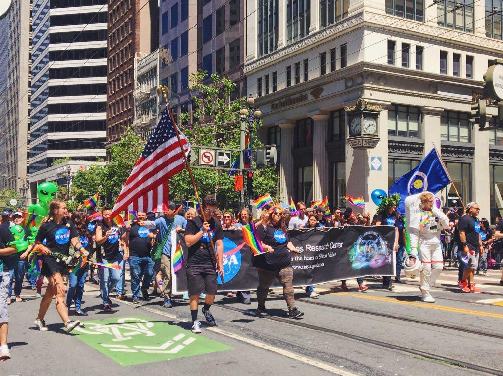 La NASA - AMES Research Center - L'evento migliore di San Francisco - la LGBTQ Pride Parade