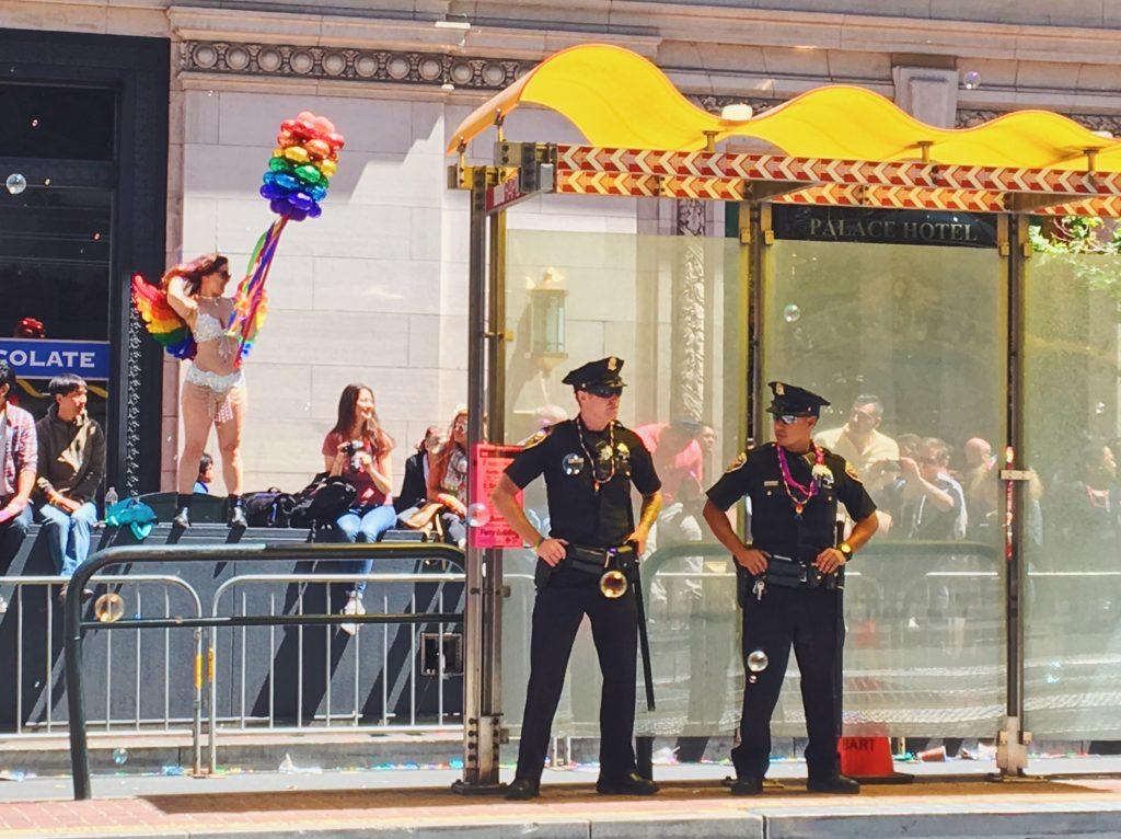 La polizia - L'evento migliore di San Francisco - la LGBTQ Pride Parade