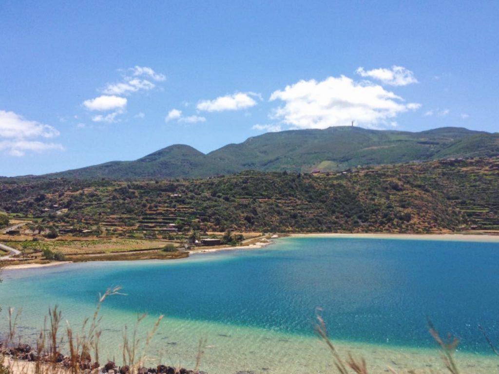 Lago Specchio di Venere di Pantelleria - Dammusi Le Case del Principe