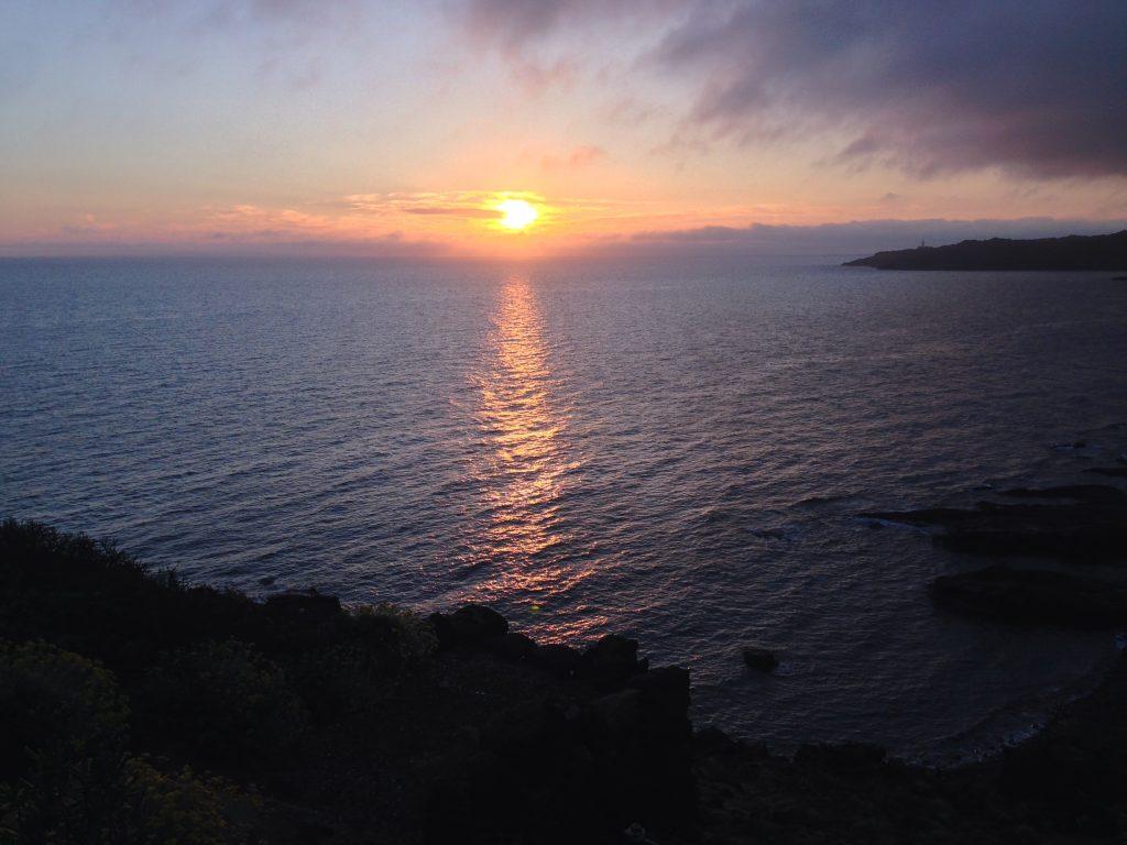 L'alba sul mare a Pantelleria -Dammusi Le Case del Principe