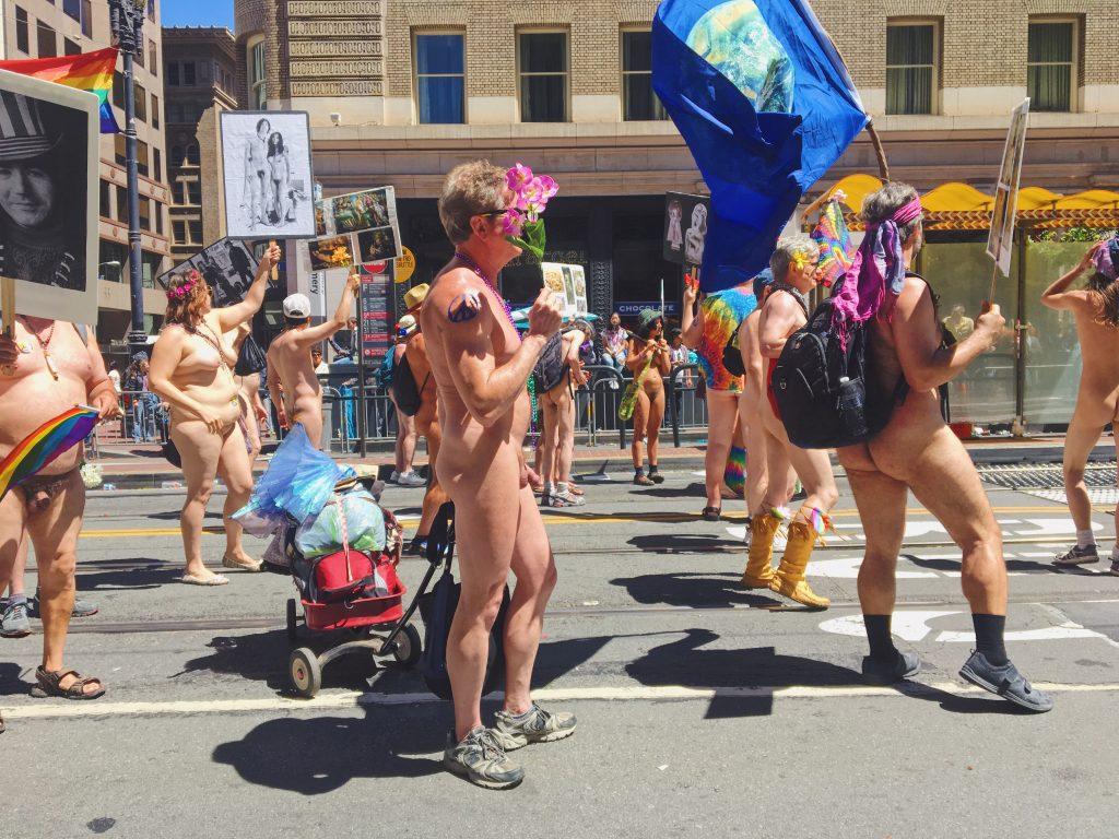 Nudisti - L'evento migliore di San Francisco - la LGBTQ Pride Parade