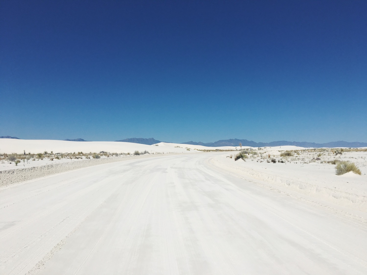 White Sands deserto di sabbia bianca - New Mexico - in auto